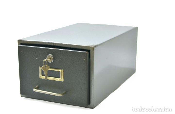 Magnifico fichero de metal con llave archivad comprar for Ficheros para oficina