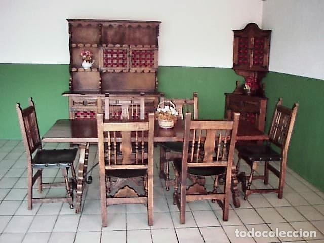 Comedor completo estilo castellano en nogal macizo: Librería, rinconera y  mesa con 6 sillas