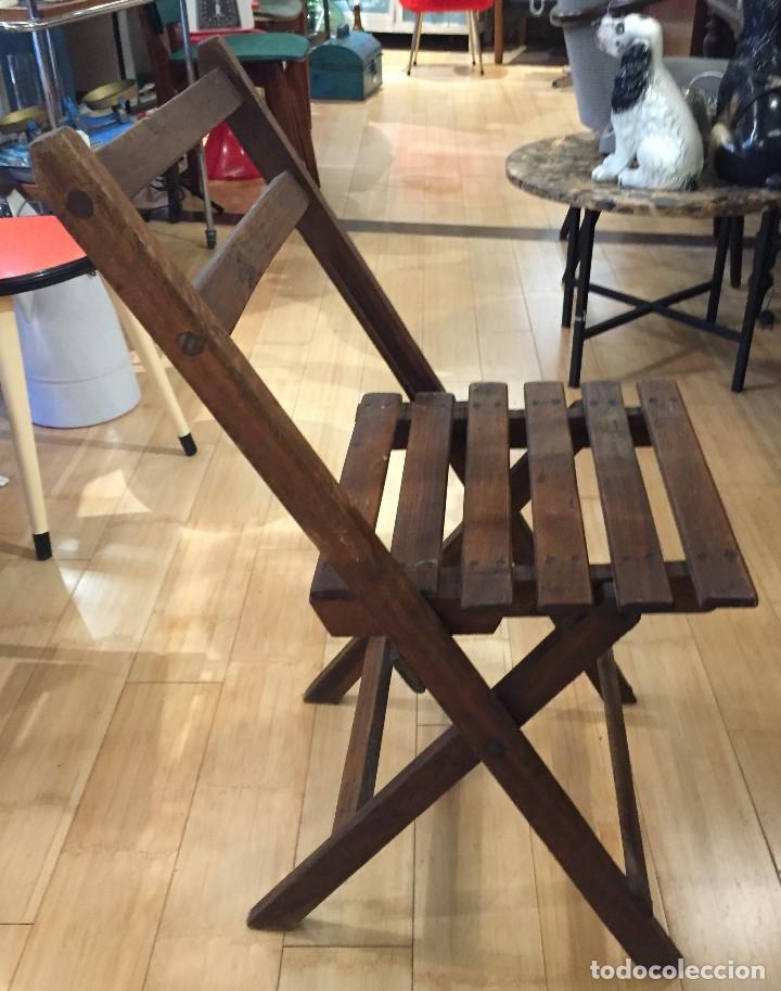 Vintage: Silla plegable en madera - Foto 4 - 77390493