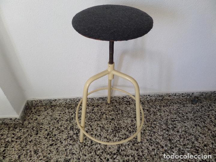 Vintage: Taburete médico-industrial - Foto 4 - 194305792
