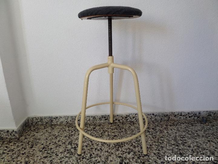 Vintage: Taburete médico-industrial - Foto 6 - 194305792