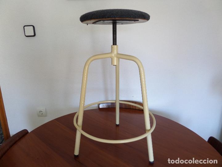 Vintage: Taburete médico-industrial - Foto 7 - 194305792