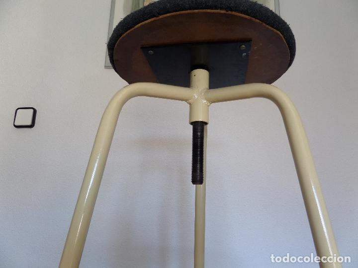 Vintage: Taburete médico-industrial - Foto 3 - 194305792