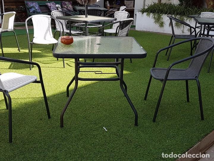 mesa para terraza con cristal y estructura de hierro vintage muebles