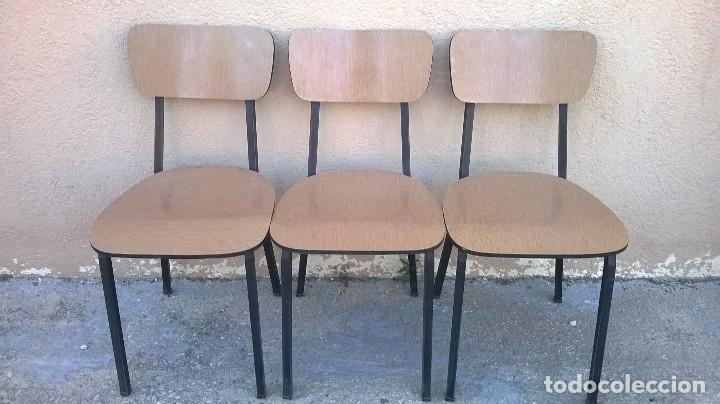 tres sillas de cocina años 70 - Comprar Muebles vintage en ...
