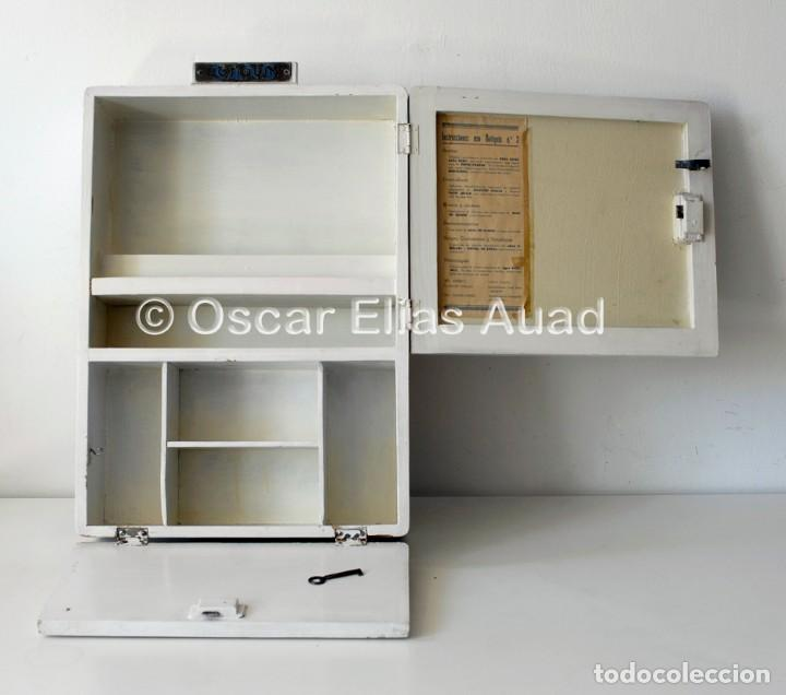 Antiguo botiqu n de madera marca sans made in comprar muebles vintage en todocoleccion - Botiquin antiguo ...