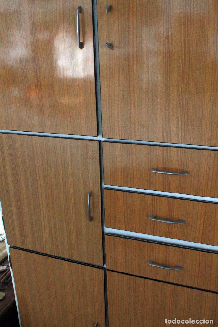Armario de cocina vintage en blanco y madera comprar for Armario para cocina
