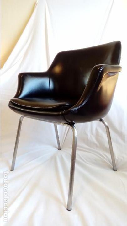 Silla con reposabrazos vintage de oficina tap comprar for Muebles de oficina vintage