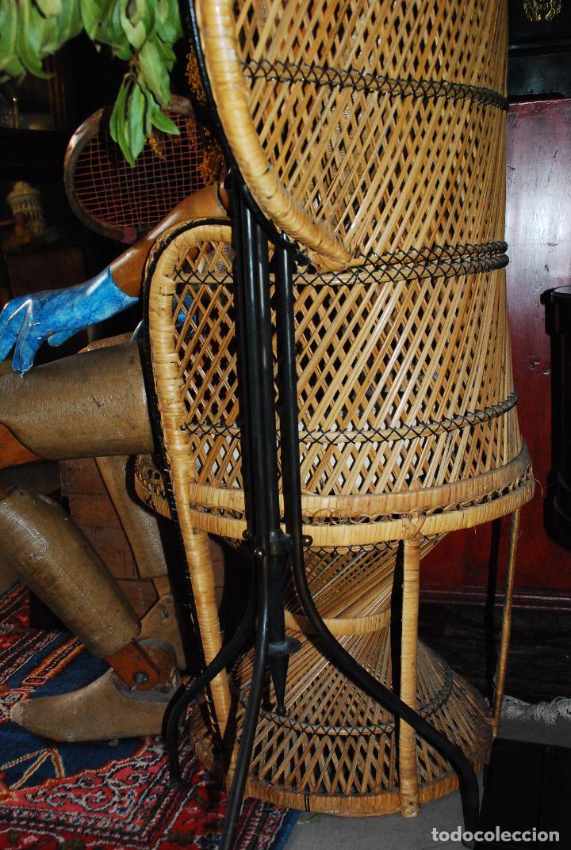 Vintage: ESPECTACULAR SILLA PEACOCK O ENMANUELLE DE MIMBRE - Foto 9 - 89855268