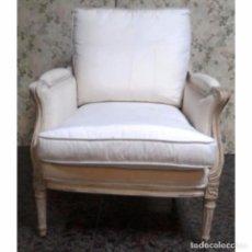 Vintage: SILLON DECAPADO TAPIZADO EN BLANCO. Lote 93140390