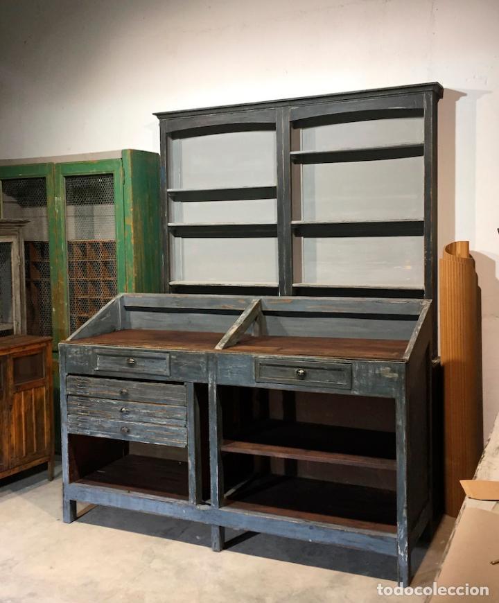 Antiguo mueble industrial de trabajo de oficios vendido for Muebles industriales retro