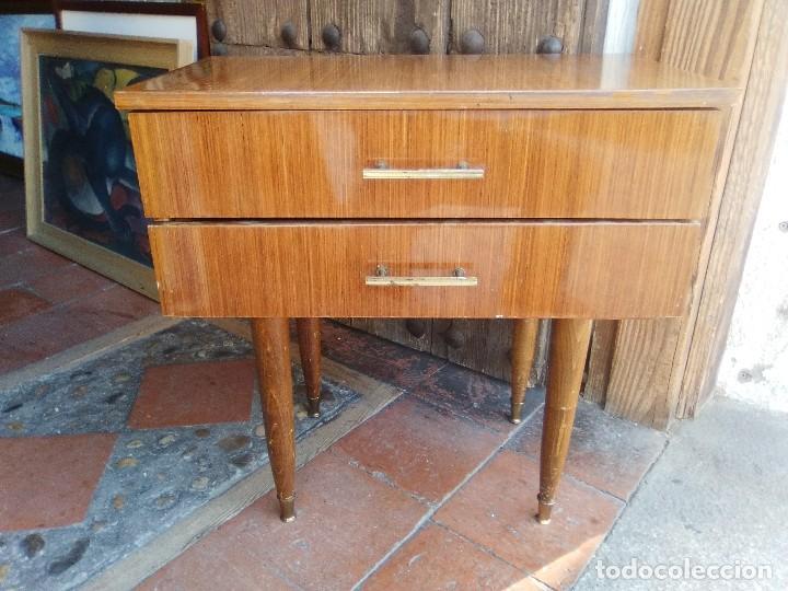 MESILLA DE NOCHE. (Vintage - Muebles)