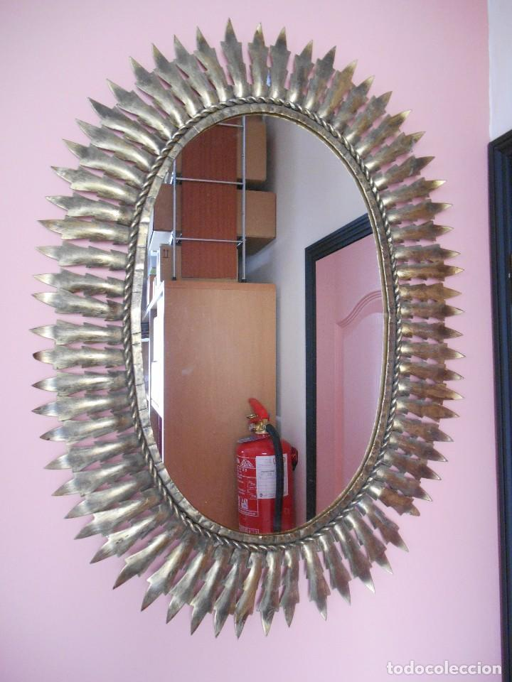 Impecable espejo ovalado de forja en color oro comprar for Espejo envejecido precio