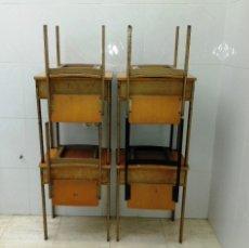 Vintage: LOTE DE 4 PUPITRES Y 4 SILLAS DE ESCUELA.. Lote 143850937