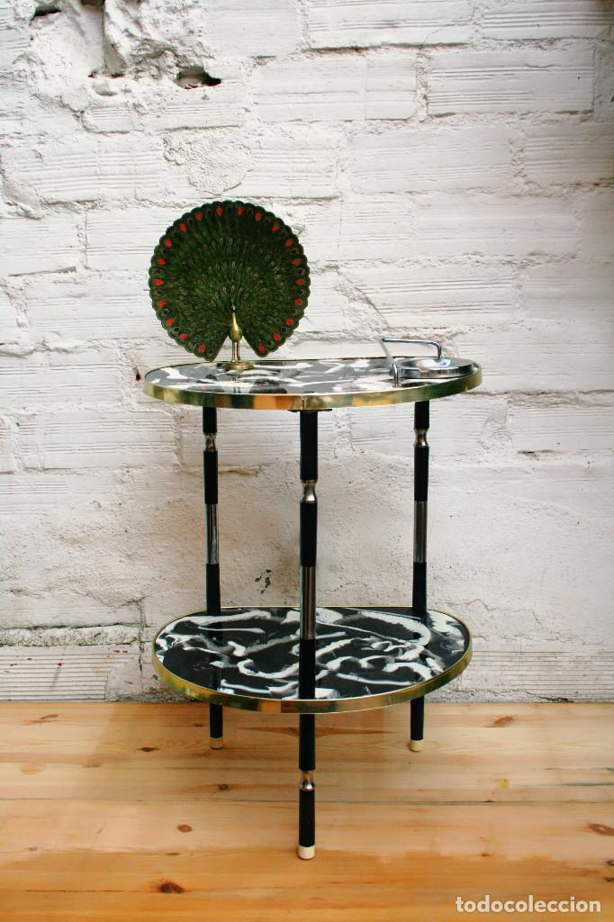 Mesa auxiliar cafe fumador negra dorada y blanc comprar - Mesa auxiliar dorada ...