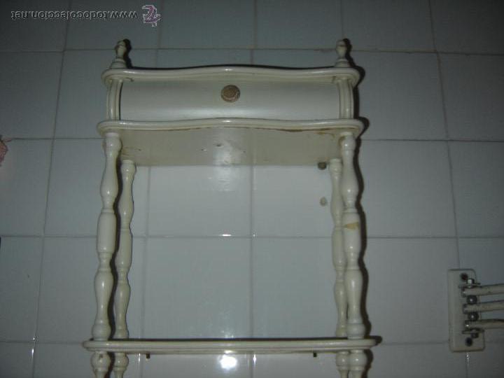 repisa de madera con cajon. de cuarto de aseo. - Kaufen Vintage ...