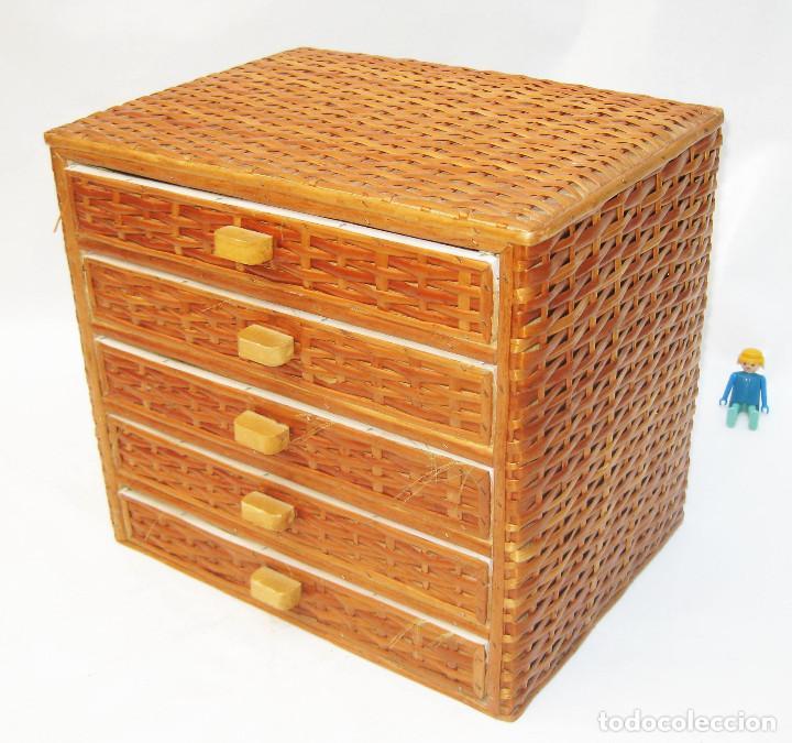 Bonito mueble vintage madera y mimbre cajonera comprar for Mueble costurero