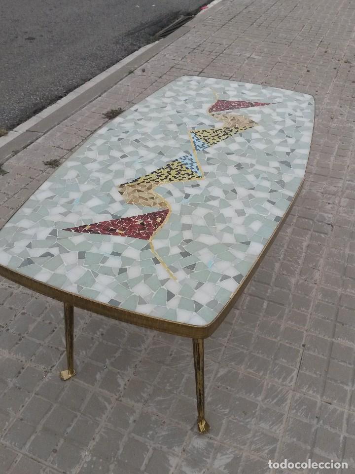 mesa vintage años 50 mosaico latón dorado patas - Comprar Muebles ...