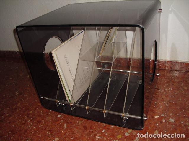 MESA METACRILATO,TOCADISCOS-DISQUERO, O REVISTERO,BICOLOR, 56X52X43 (Vintage - Muebles)