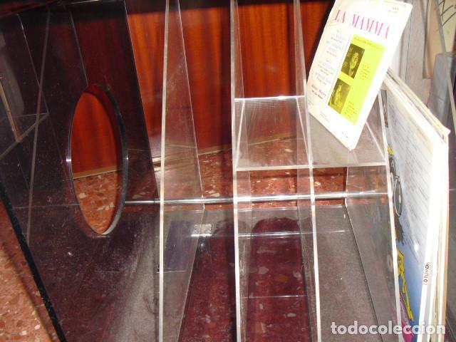 Vintage: MESA METACRILATO,TOCADISCOS-DISQUERO, O REVISTERO,BICOLOR, 56X52X43 - Foto 12 - 109346159