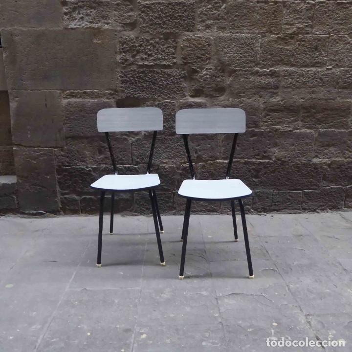 pareja de sillas de cocina de los años 60 - Comprar Muebles vintage ...