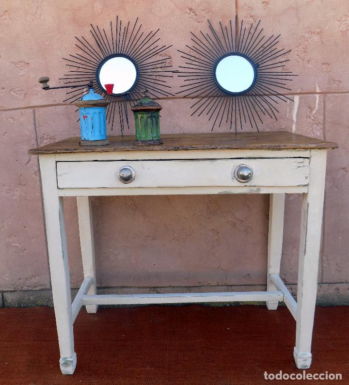 mesa de cocina. recuperada. acabada a la cera. - Kaufen Vintage ...