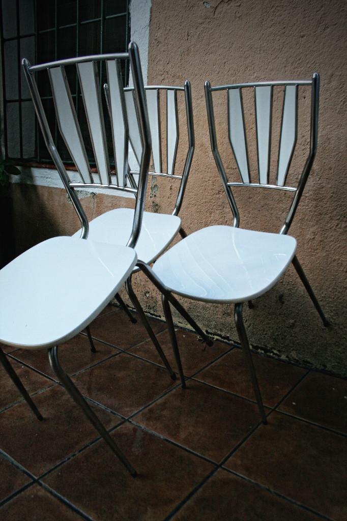 Silla formica blanca estructura cromada transp comprar muebles vintage en todocoleccion - Sillas formica ...