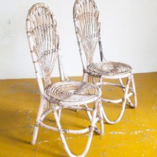 Vintage: PAREJA DE SILLAS DE CAÑA. ESPAÑA, AÑOS 70. Lote 114333963