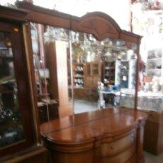 Vintage: MUEBLE APARADOR SERIGRAFIADO CON ESPEJO BISELADO. Lote 118276027