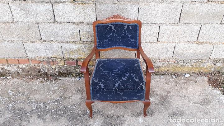 Vintage: Silla descalzadora antigua retro vintage, tapizado azul. Butaca sillón descalzador antiguo - Foto 3 - 121482263