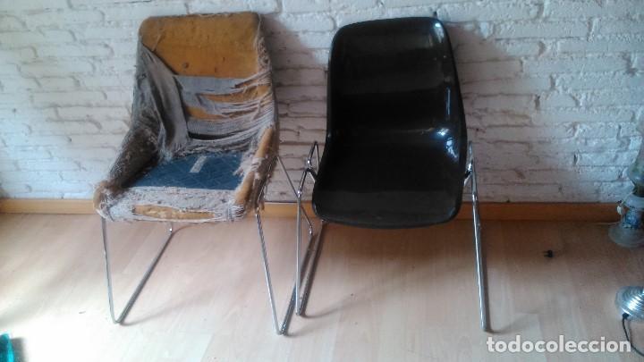 Vintage: pareja de sillas de oficina, sala de espera, etc... con el cromado recién hecho pero que deben - Foto 2 - 121663175
