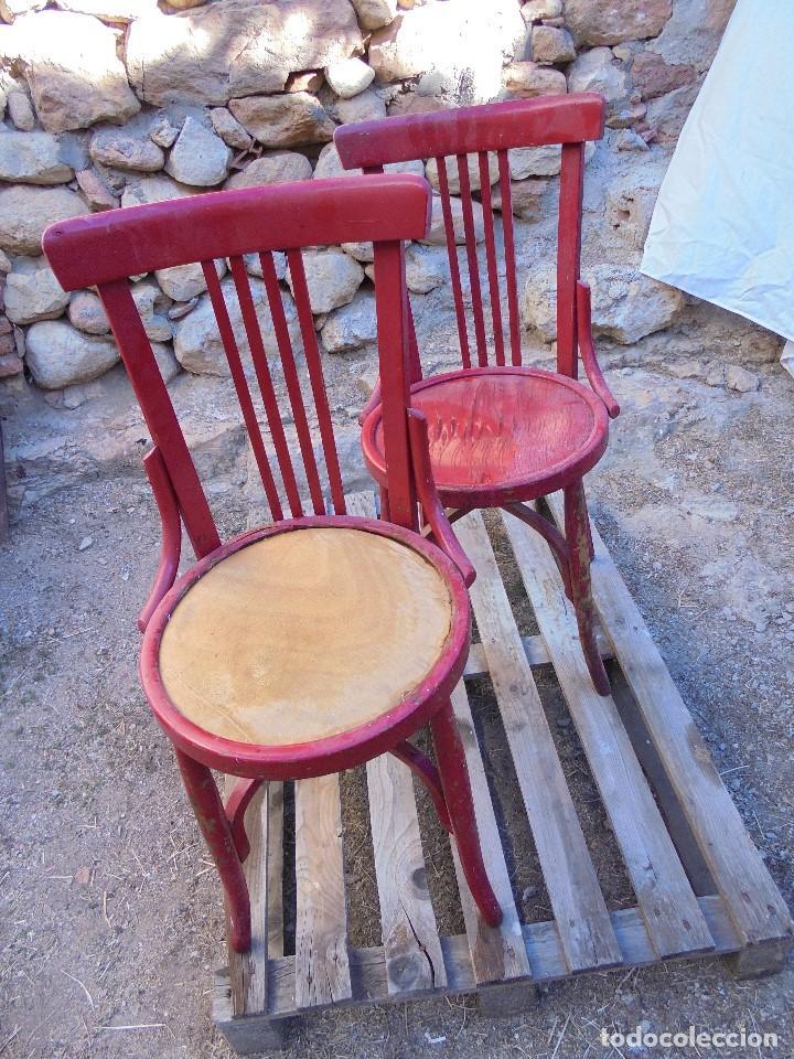 2 SILLAS RETRO ESTILO TONET - MADERA MACIZA (Vintage - Muebles)