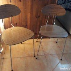 Vintage: PAREJA DE 2 SILLAS DE FORMICA. Lote 124661783