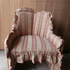 Vintage: SILLON DESCALZADOR TAPIZADO. Lote 129475407