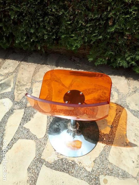 Vintage: Silla Sillón Despacho de Diseño. Basculante. Plástico y metal. Estilo Pop. Naranja. - Foto 2 - 130771060