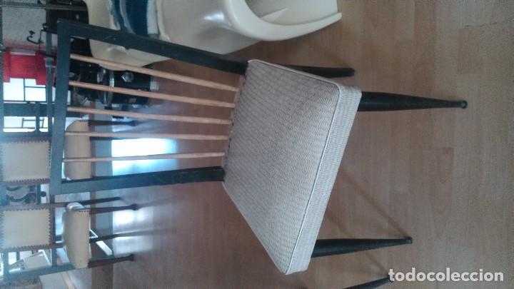 Vintage: Conjunto de cuatro sillas de los años sesenta en muy buen estado por sólo ciento sesenta euros. - Foto 2 - 132336330