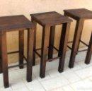Vintage: LOTE DE 3 TABURETES DE MADERA RUSTICO BAR, 75 CM DE ALTURA, MUEBLE, MUE365. Lote 133119746