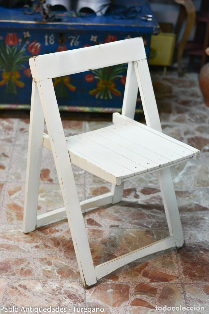 Silla vintage plegable de madera - color blanco - Sold ...
