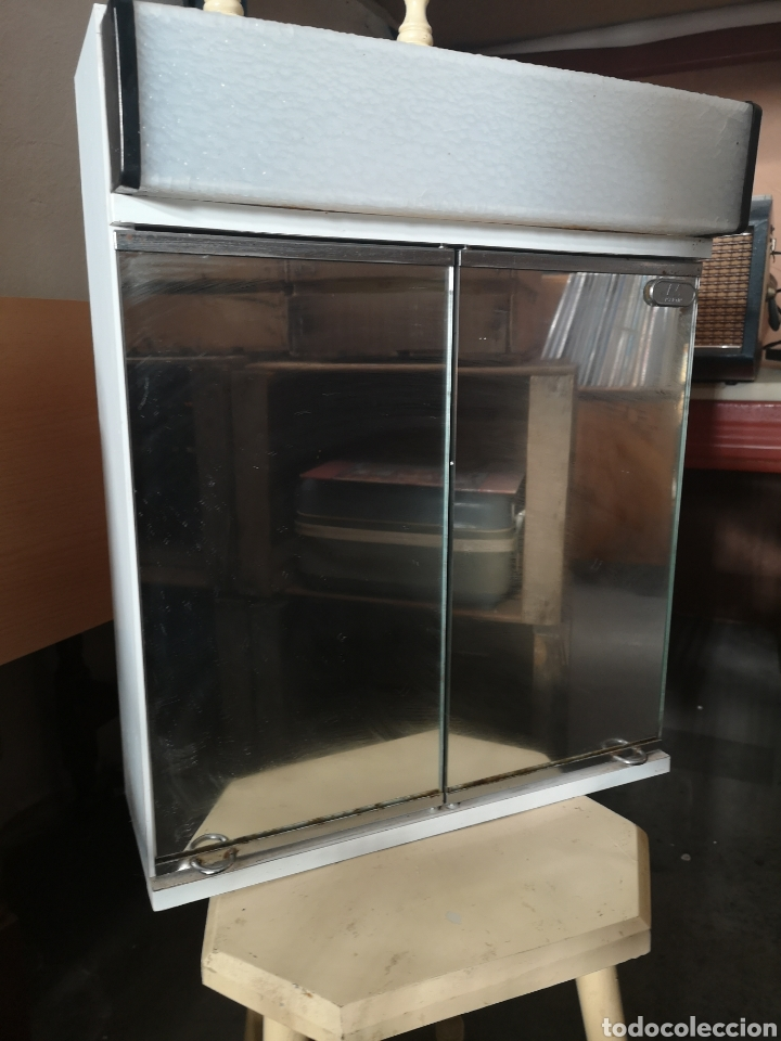 Espejo armario con luz de ba o vintage 40x50 comprar muebles vintage en todocoleccion - Armario de bano con espejo y luz ...