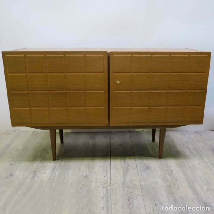 APARADOR VINTAGE DE ESTILO ESCANDINAVO. 1955 - 1959 (Vintage - Muebles)
