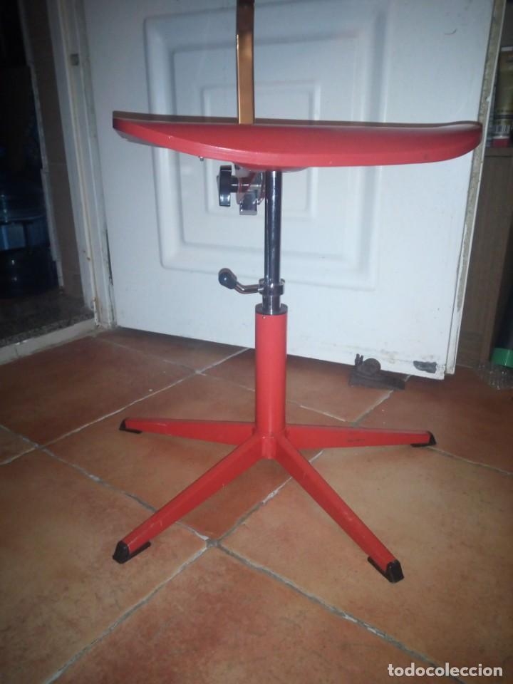 Vintage: Antigua silla de escritorio, acero y madera. Vintage - Foto 2 - 139032186