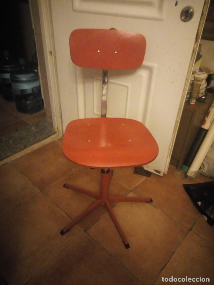 Vintage: Antigua silla de escritorio, acero y madera. Vintage - Foto 5 - 139032186