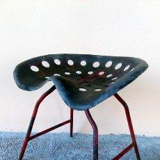 Vintage - Silla realizada con asiento de tractor - 144009594