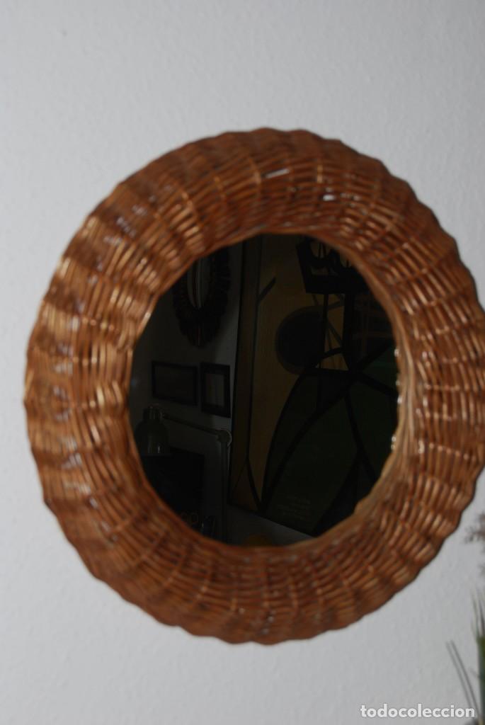 Vintage: ORIGINAL ESPEJO REDONDO DE MIMBRE - AÑOS 70 - Foto 2 - 144210770