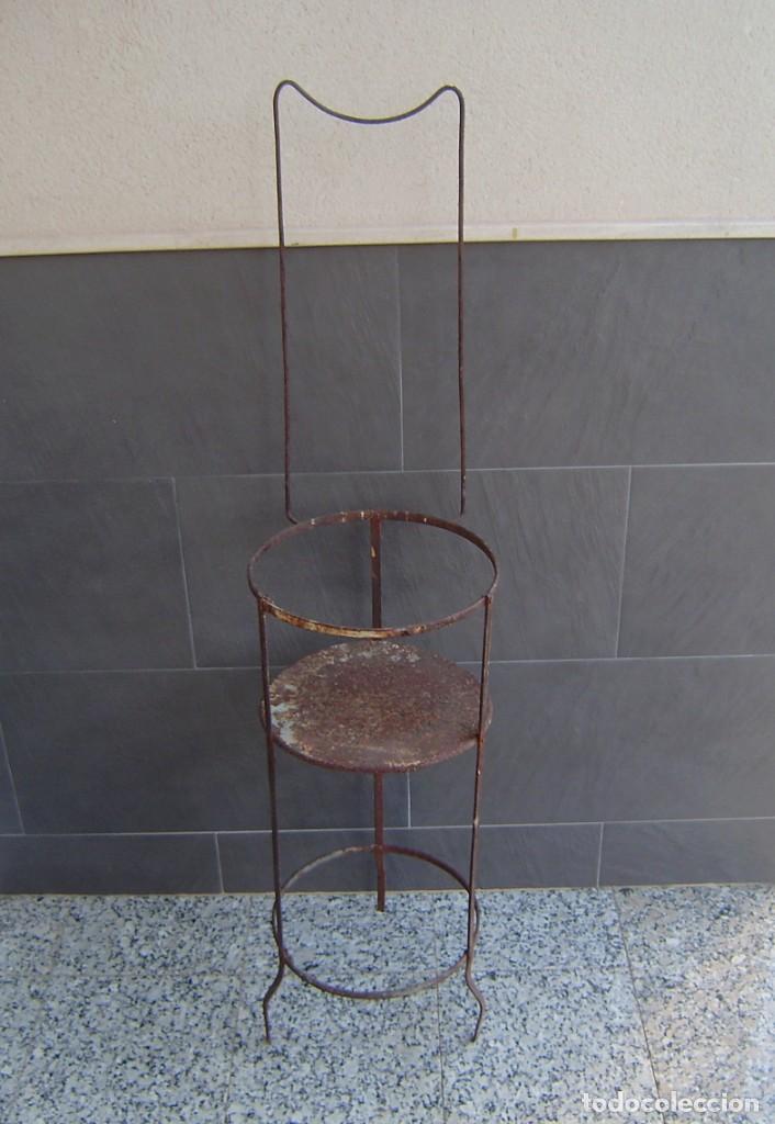 Vintage: Antiguo palanganero de hierro. - Foto 3 - 148241006