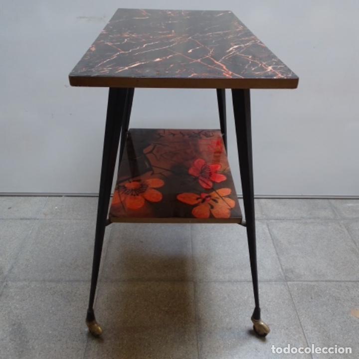 Vintage: Antigua mesa auxiliar vintage.años 60 - Foto 3 - 196400475