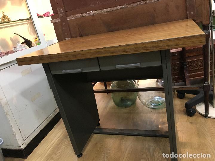 mesa de oficina años 70 de metal y formica con - Comprar Muebles ...