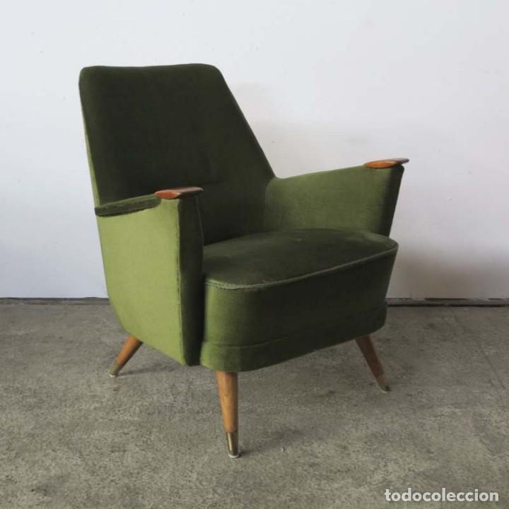 Vintage: Pareja de sillones vintage verdes con brazos de madera. 1950 - 1959 - Foto 8 - 155164914