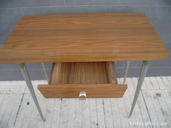 Vintage: Mesa de cocina extensible.Años 60. - Foto 3 - 155323566