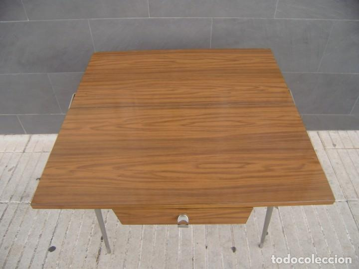 Vintage: Mesa de cocina extensible.Años 60. - Foto 5 - 155323566